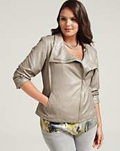 A plus size delight with Elie Tahari