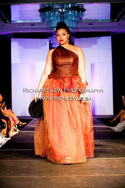 "Full figured Fashion Weekâ""¢ NYC 2010 Finale: Pheline"