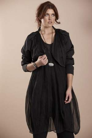 New Zealand Plus size designer-Moss S/S 2010/11