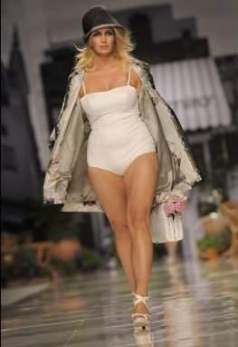 Milan Plus Size Designer Elena Miro S/S 2011