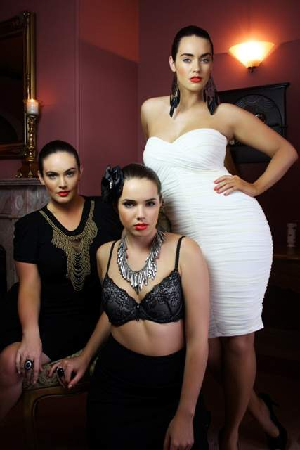 BGM Models Production: Ladies of the Manor