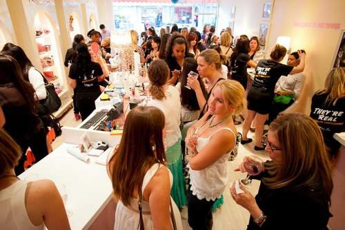 Bubbles and Bites with Gilt City LA and Benefit Cosmetics