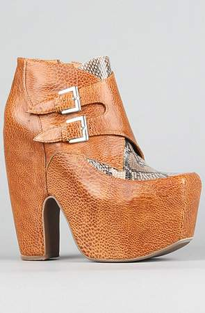 Plus Size Fall 2011 Trends Spotlight Animal Prints: Jeffrey Campbell Warrant Tan Snake Bootie