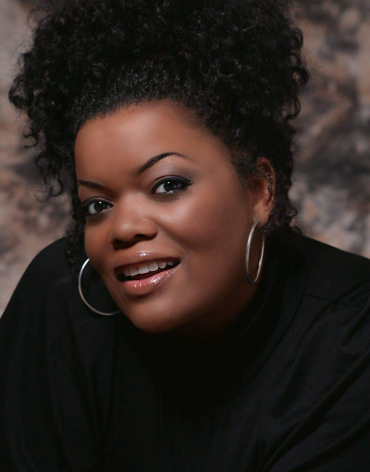 Up close and Personal with Yvette Nicole Brown