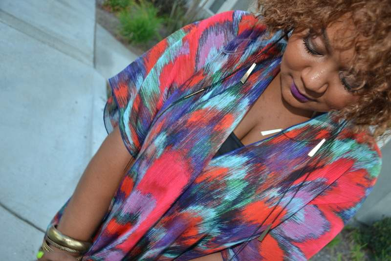 The Curvy Fashionista OOTD: Seeing Color or Technicolor