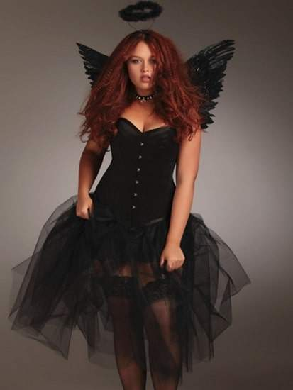 A Plus Sized Halloween: 18 Costumes to Play Dress Up In!