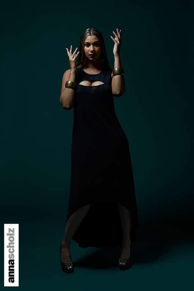 AA06-Black