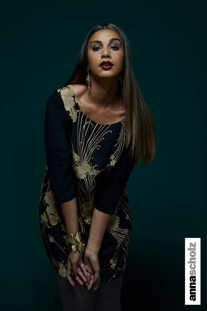 AA21-Oriental-Black-