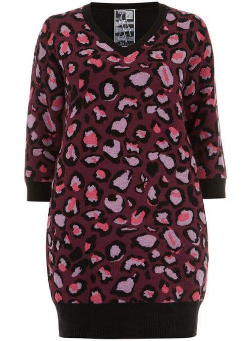 clements-ribeiro-swan-pink-ombre-animal-print-knitted-Plus Size Sweater Dress on The Curvy Fashionista