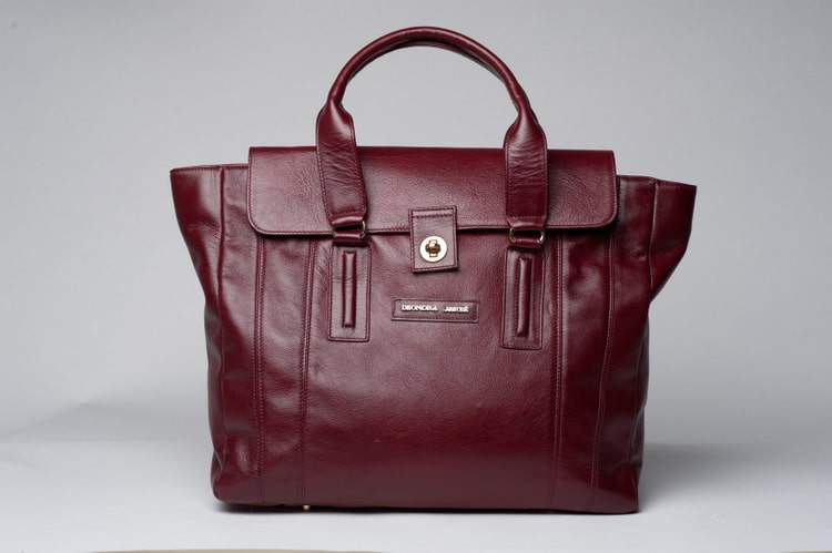 DeOndra Jereé rosan-mark Tote on The Curvy Fashionista