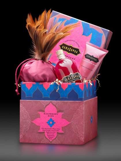 treasure-trove-raspberry-kiss-gift-set