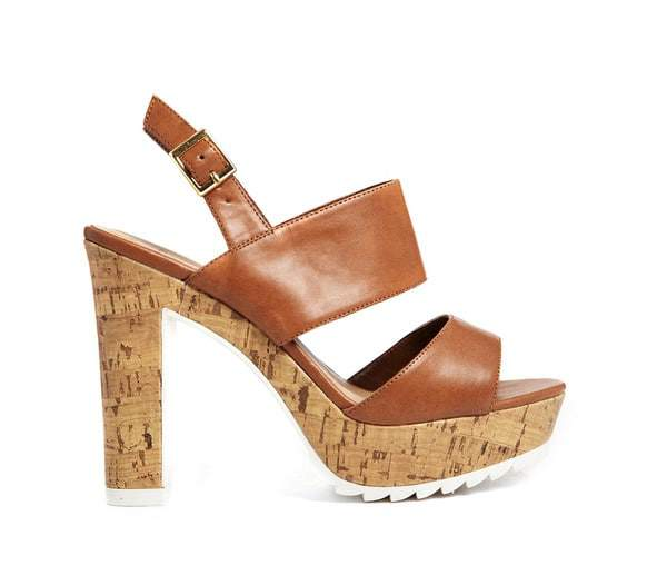 New Look Wide Width Pleated Tan Cleated Sole Heeled Sandals