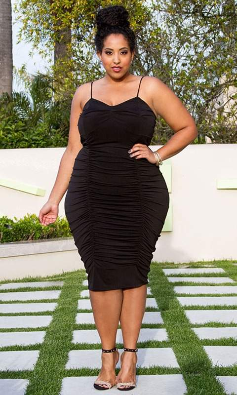Plus Size Retailer Sealed With a Kiss Launches Size Appeal- Size Appeal Tamara Dress