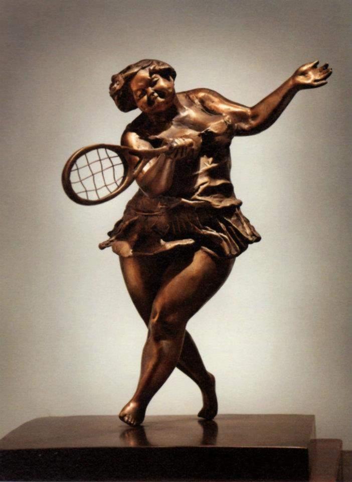 Xu Hongfei Captures Joy in 'Chubby Women' Sculptures