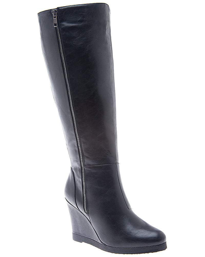 7 pair of wide calf boots 100