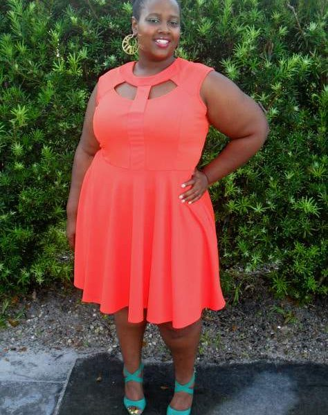 plus size blogger Lei-Loni from Clothe Your Curves