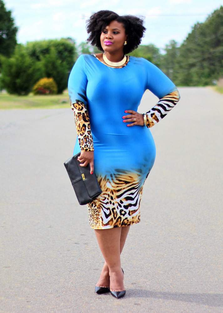 Plus Size Fashion Blogger Kim from Naturally Fashionable