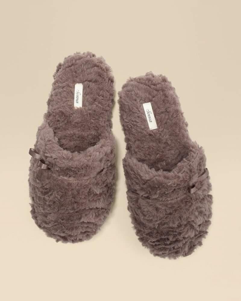 Soma slippers