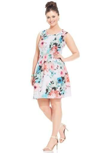 Modamix Plus Size Printed Scuba Dress on TheCurvyFashionista.com