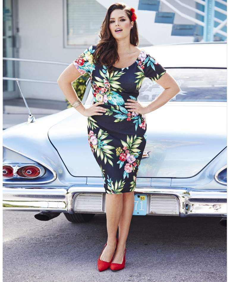 Print Off The Shoulder Bodycon Dress on TheCurvyFashionista.com