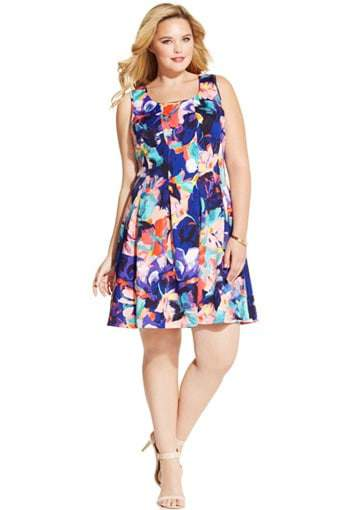 Spense Plus Size Printed Pleated A-Line Dress on TheCurvyFashionista.com