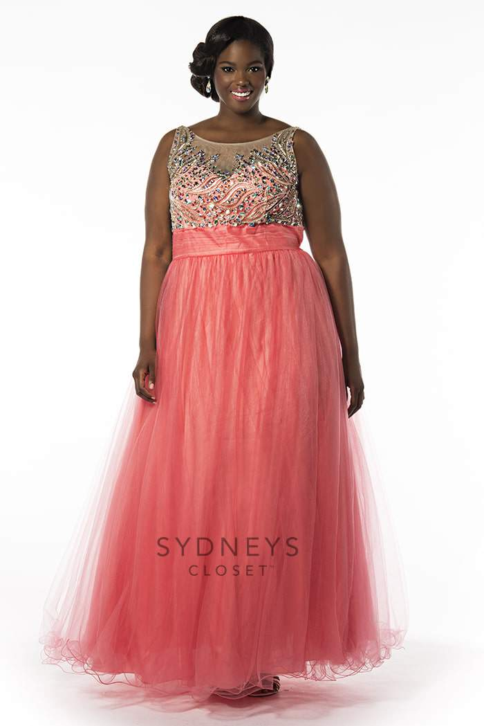 Samantha Plus Size Prom Dress on TheCurvyFashionista.com