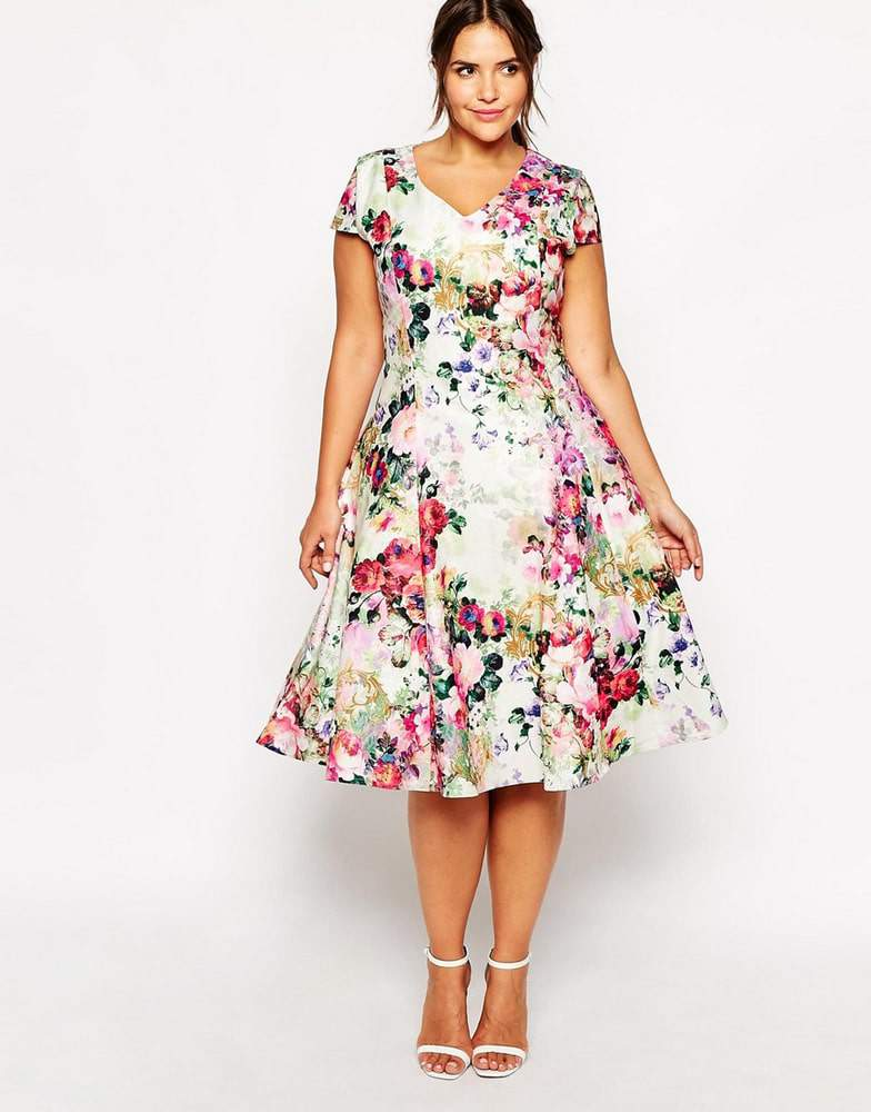 20 plus size floral dresses that scream spring the for Plus size midi dresses for weddings