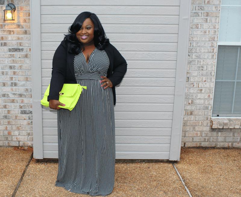 Plus Size Fashion Blogger Spotlight: Venessia of Style4Curves on TheCurvyFashionista.com