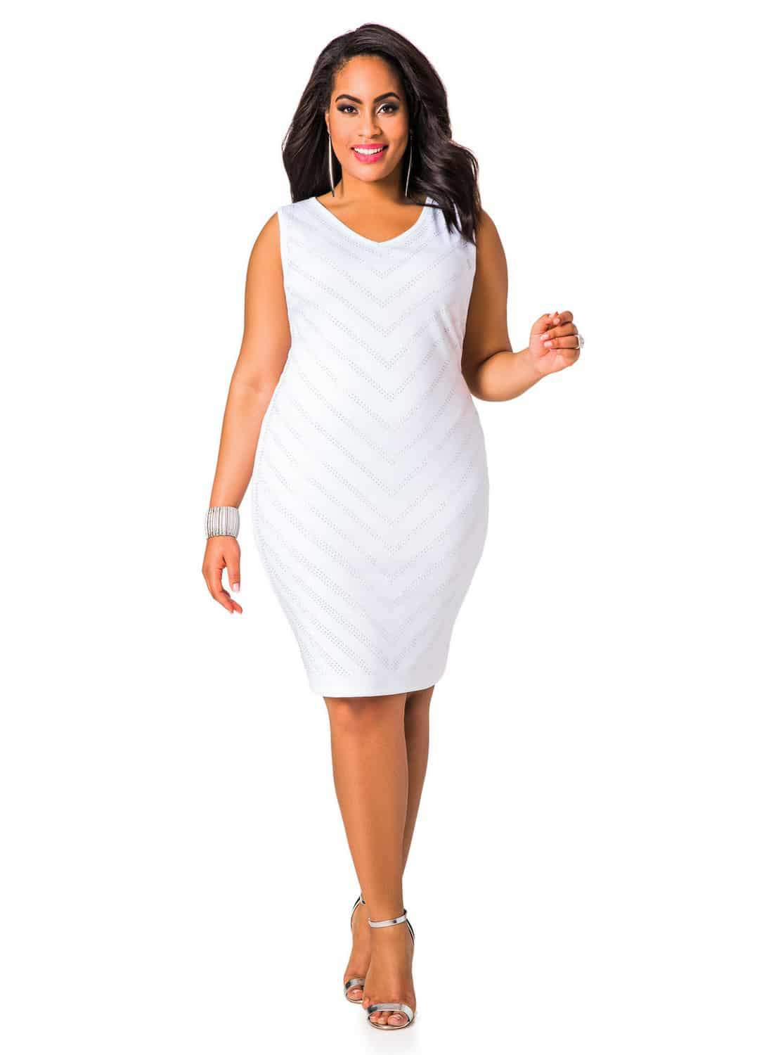 13 Summer Little White Dresses to Play In