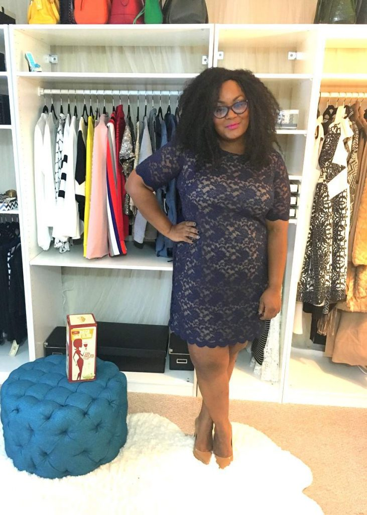 The Curvy Fashionista on Holiday dress shopping at Burlington! #BurlingtonStyleSquad
