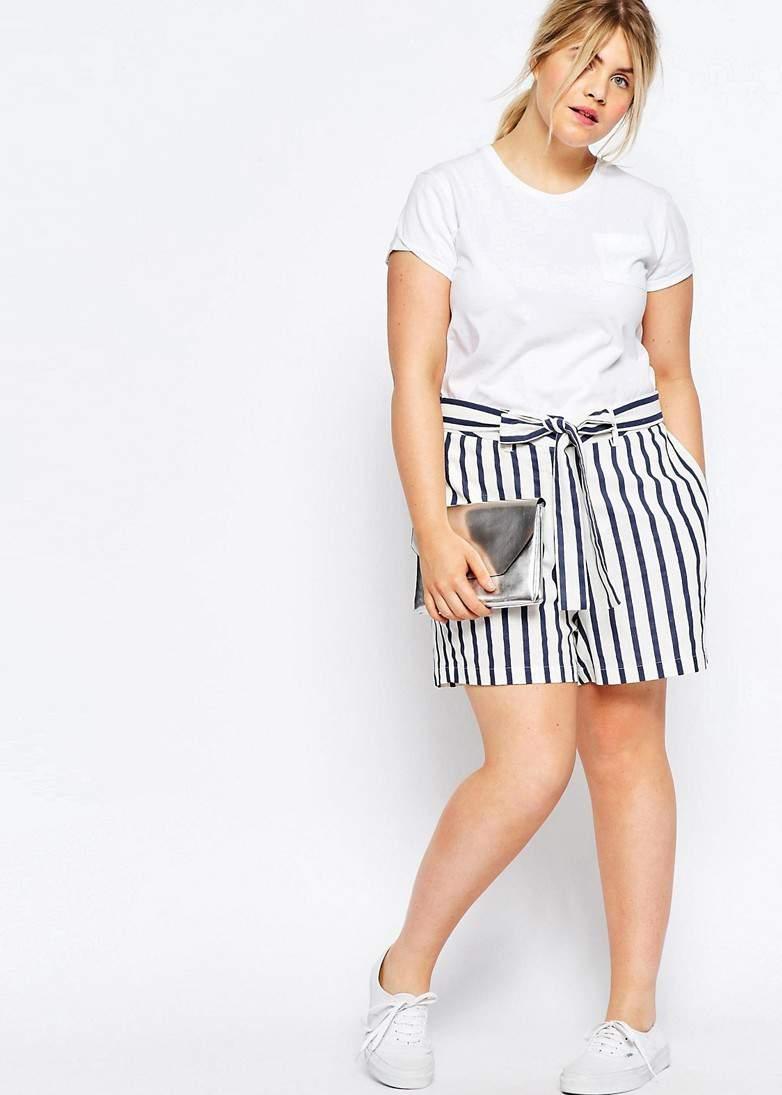 Shorts In Stripe With Tie Waist