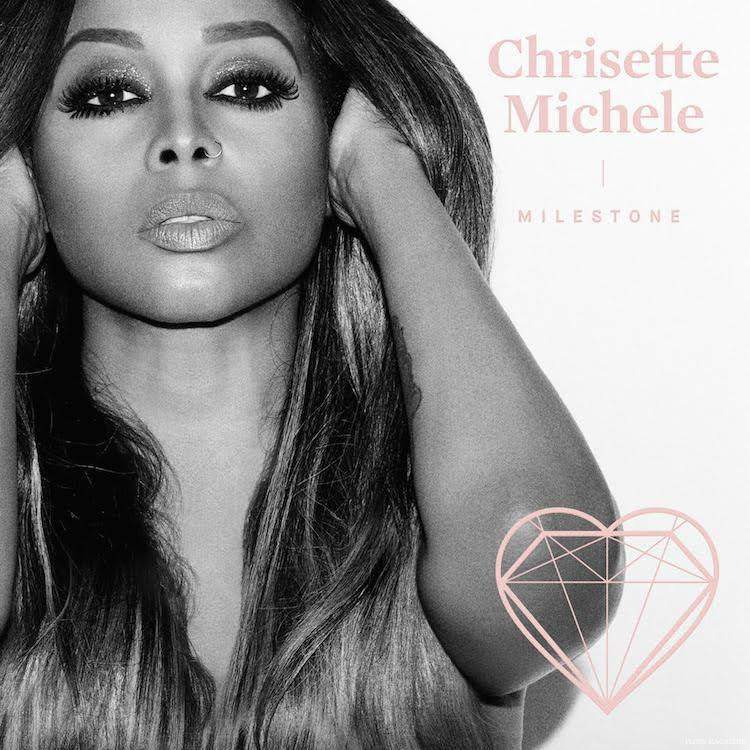 Interview with Chrisette Michele on The Curvy Fashionista