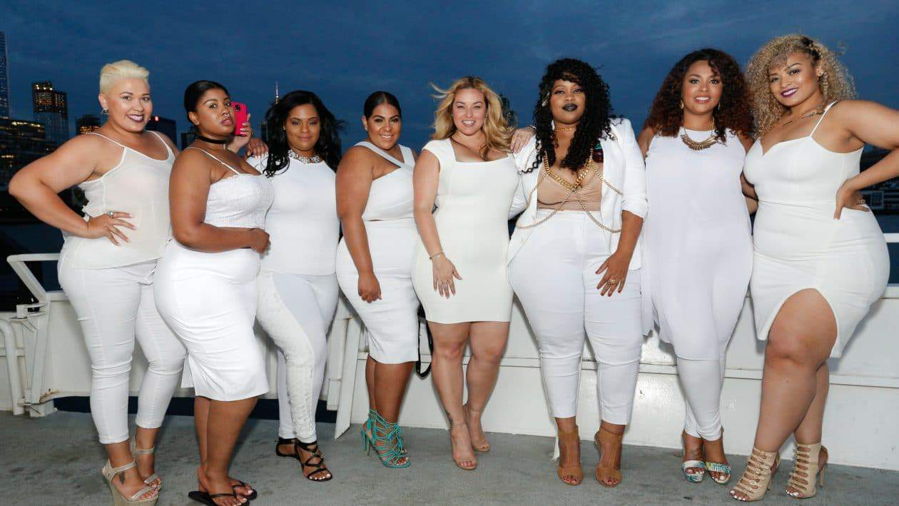 Around FFFWeek: Our 10 Fave Looks at the Curves at Sea All-White Cruise