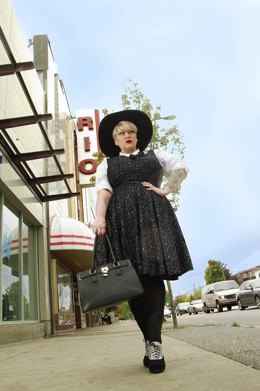 Meet Plus Size Style Blogger, Margot of Margot Meanie