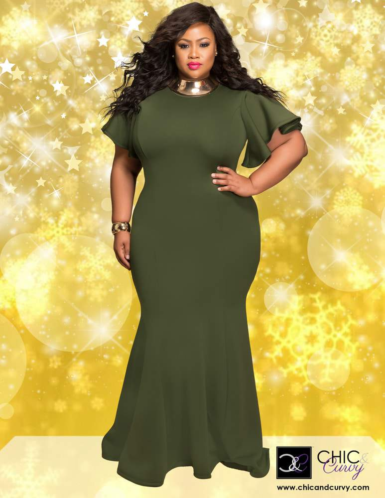 8dfa6d8473 Chic and Curvy Plus Size Holiday Lookbook PIN IT