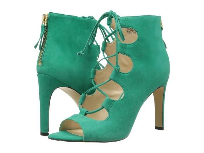Nine West Unfrgetabl Green heels