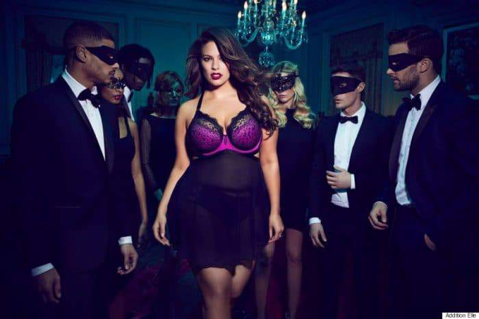Ashley Graham x Encomenda Elle apresenta: The Dark Beauty Plus Size Lingerie Collection