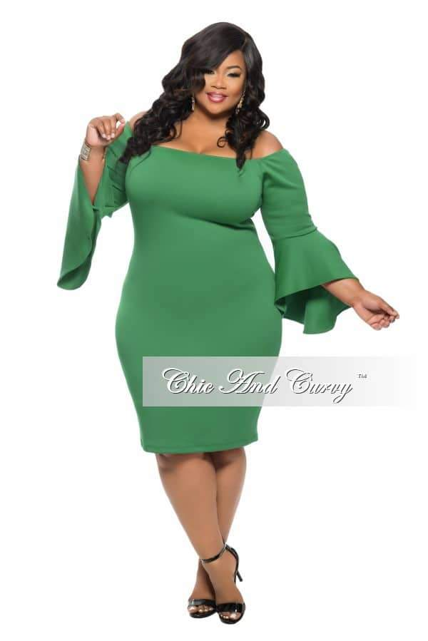 Plus Size BodyCon Off the Shoulder Dress with Bell Sleeves in Green
