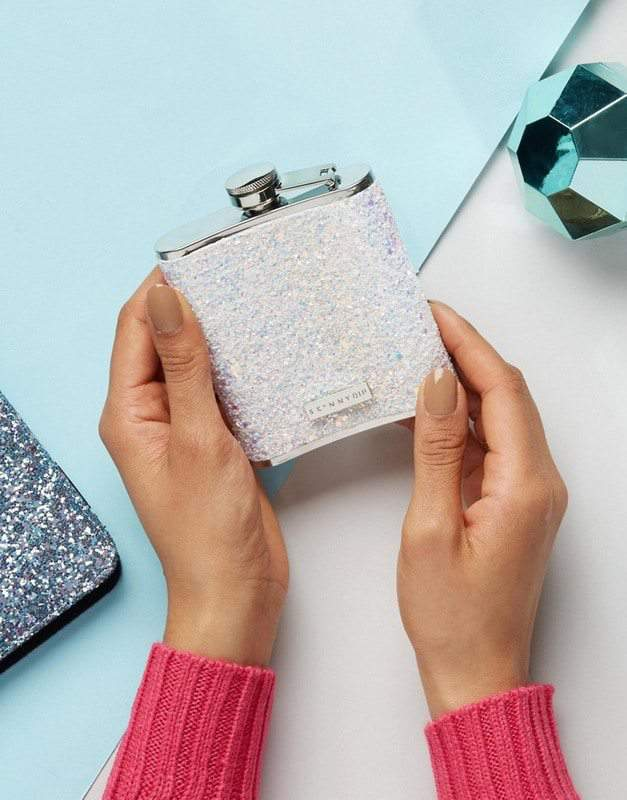 Valentine's Day Gift Guide 2017- Skinnydip glitter flask