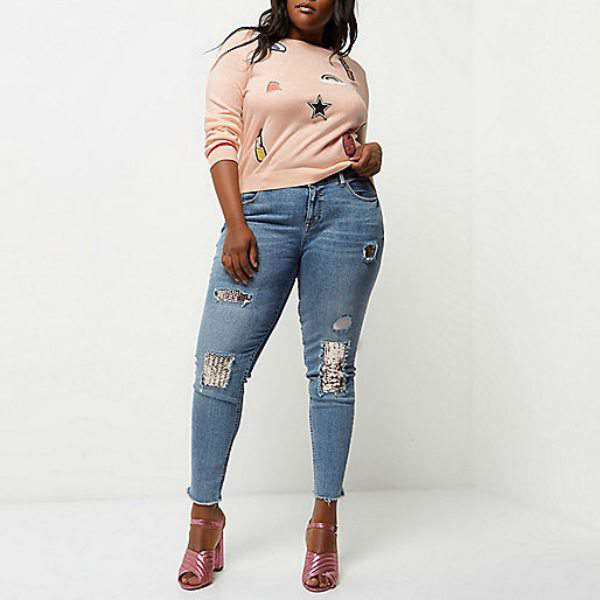 7 stylish plus size spring must-haves from River Island- Pink Badge Knit Jumper