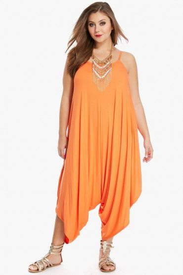 Looking for a Jumpsuit? We Found 10 Awesome Plus Size Ones