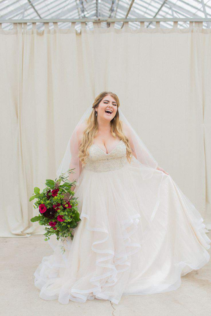 Search No More! Check Out These 9 Plus Size Bridal Boutiques! | The ...