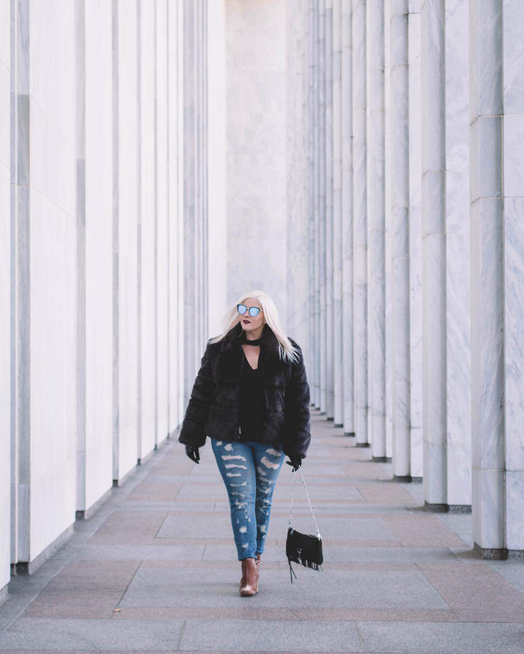 Plus size blogger spotlight- blonde in the district 2