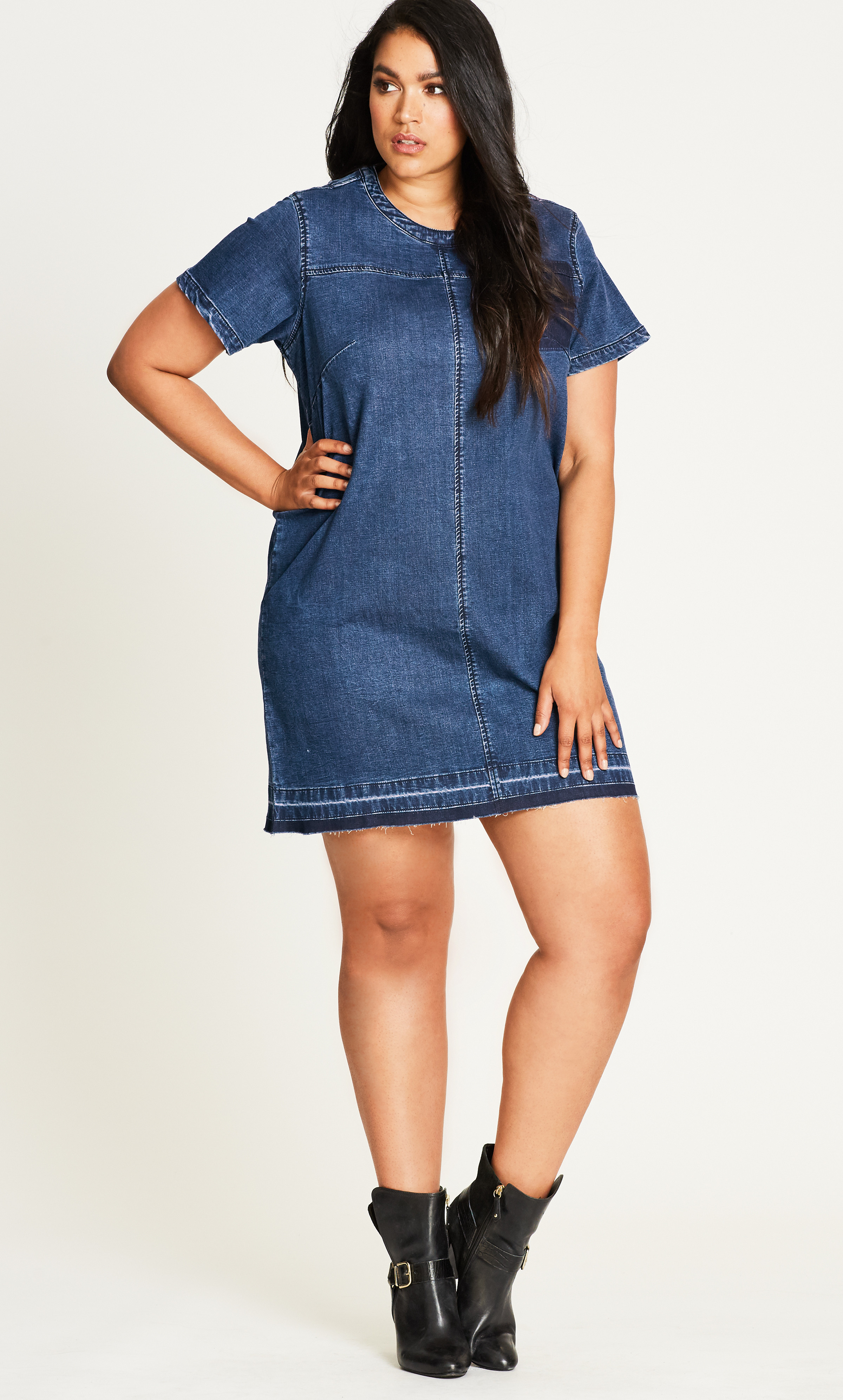 Be Comfy & Chic in These 12 Plus Size Denim Dresses