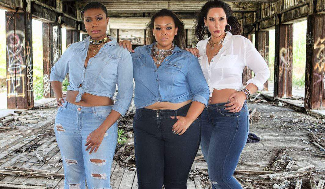 #TCFStyle Roundup: 10 of Our Favorite Plus Size Denim Looks!