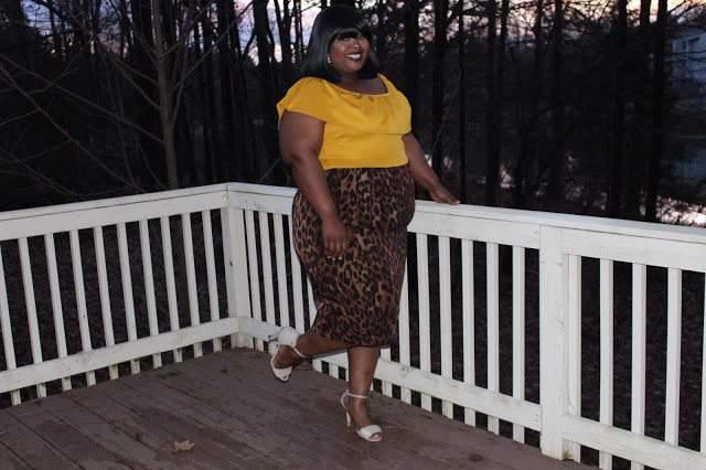Fashion Blogger Spotlight:  Angela of 24 Plus Style