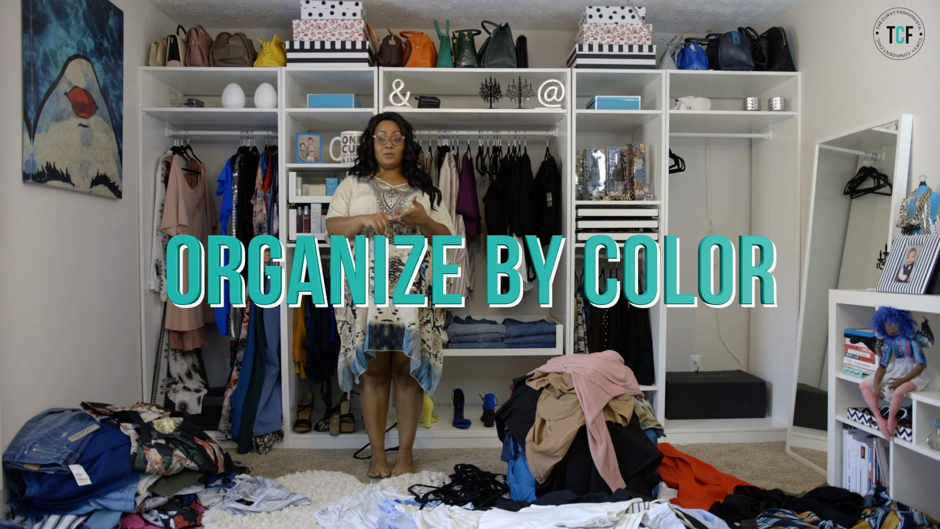 Closet Organization Tips with Hangers and color coding