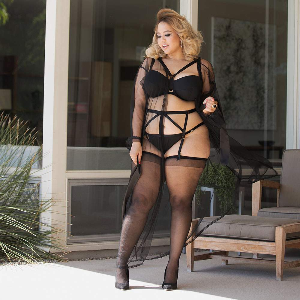 GabiFresh Partners with Playful Promises for a Plus Size Lingerie Collection!