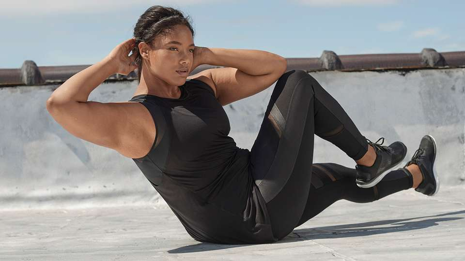 71e2e08f28 Get Curvy Fit With The LIVI Active Sculpting Collection