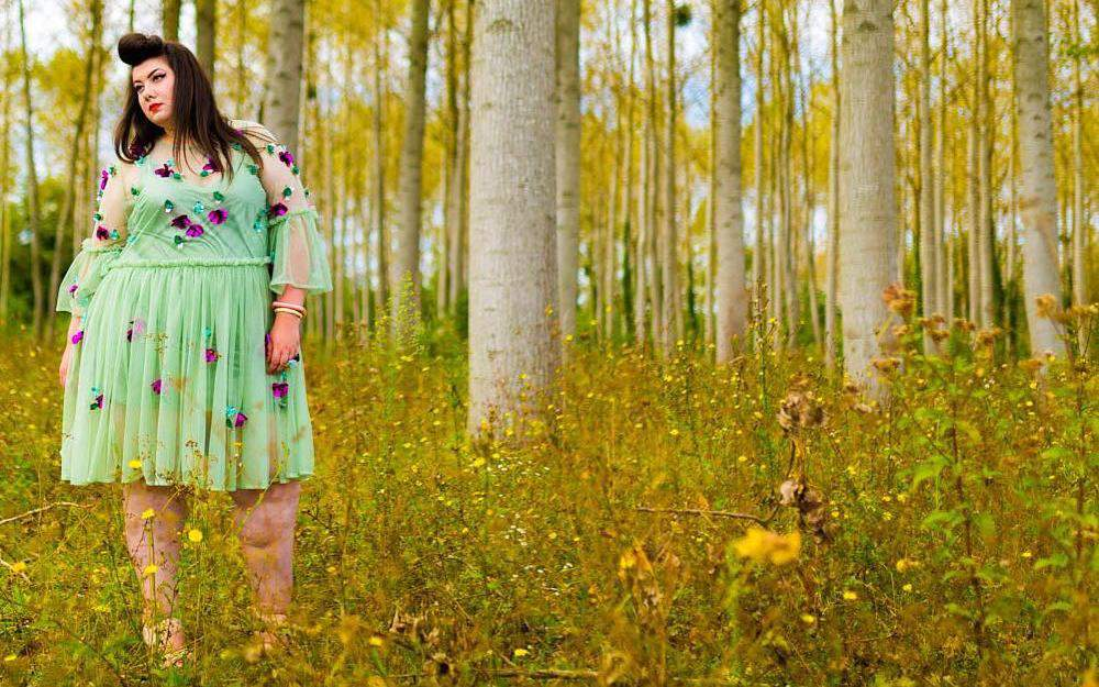 French Plus Size Blogger- Virginie of Freaky Useless